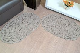 Par de Tapetes em Crochê Oval Liso - Cáqui