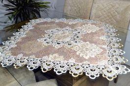 Toalha de Centro Floral com Guipir - Laura