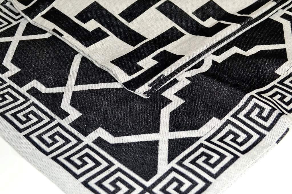 Capa de Almofada  Jacquard Rústico Dupla Face - Preto e Cru