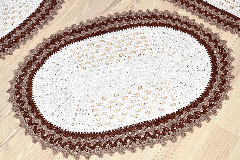 Jogo de Passadeira Oval em Crochê Maryan