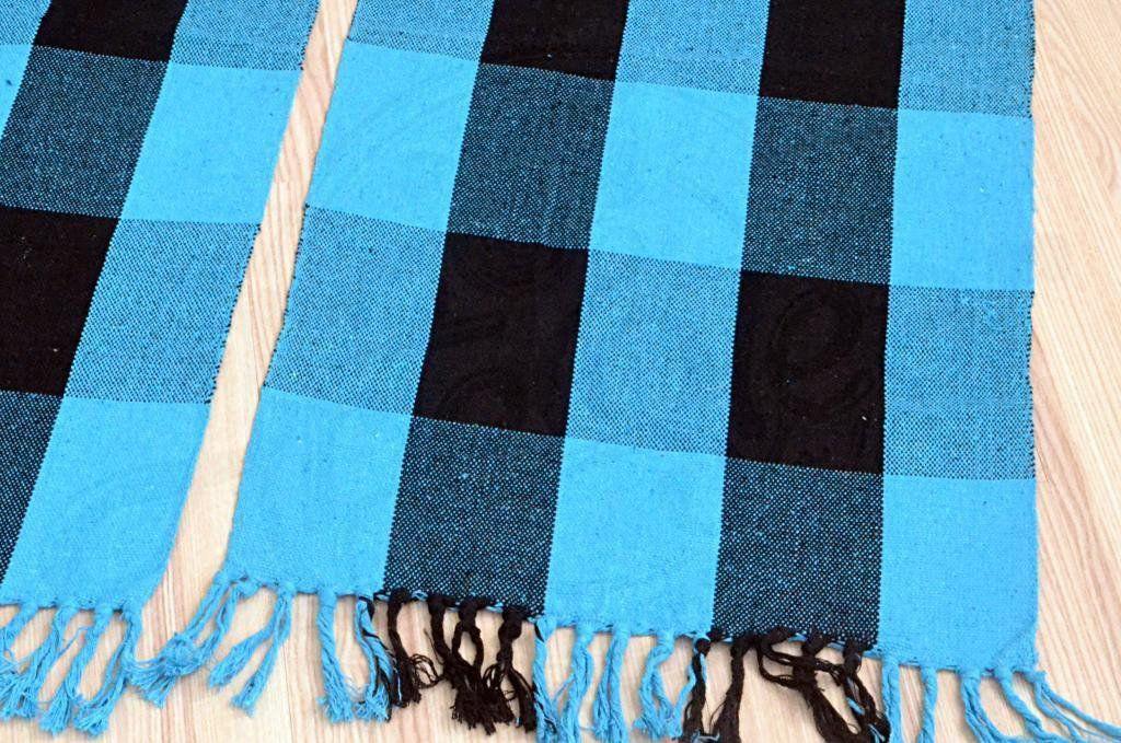 Par de Tapetes de Tear Retangular - Xadrez Azul e Preto