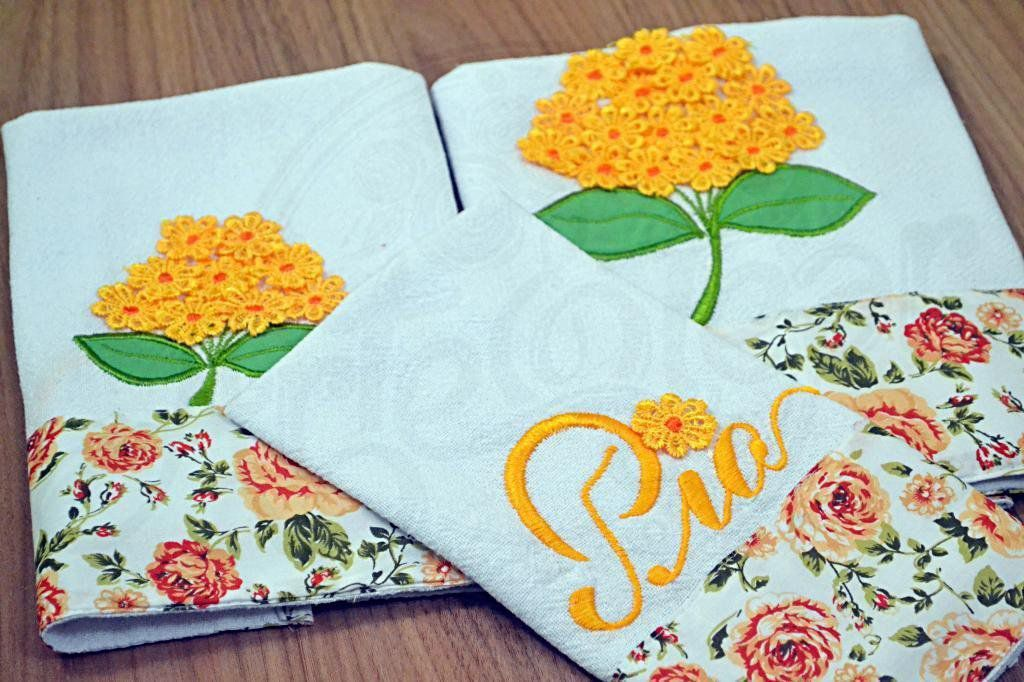 Kit de Cozinha Bordado com Flores em Guipir - Amarelo