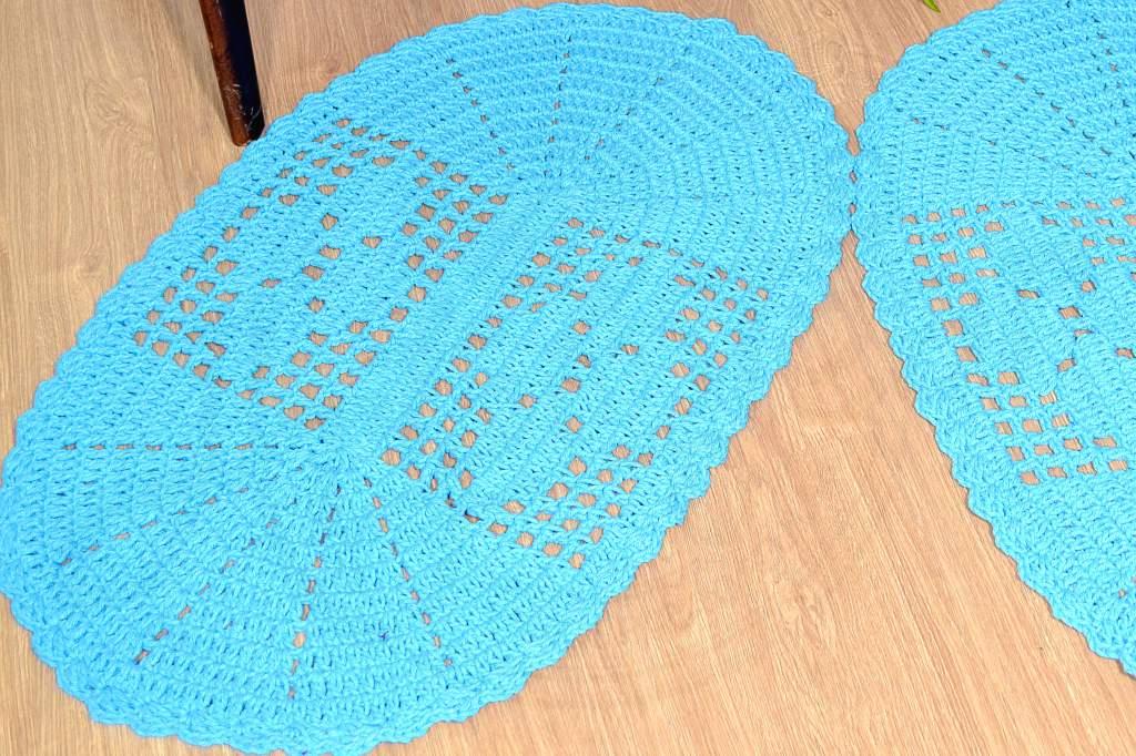 Par de Tapetes em Crochê Oval Liso - Azul