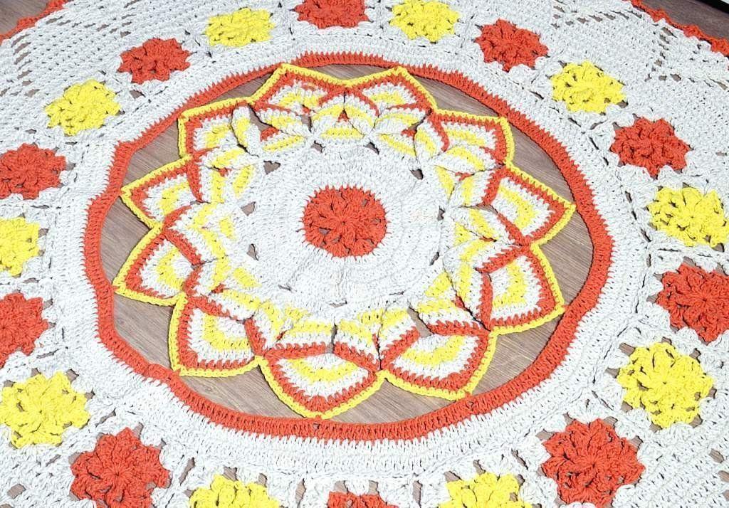 Tapetão de Sala Redondo em Crochê - Iris