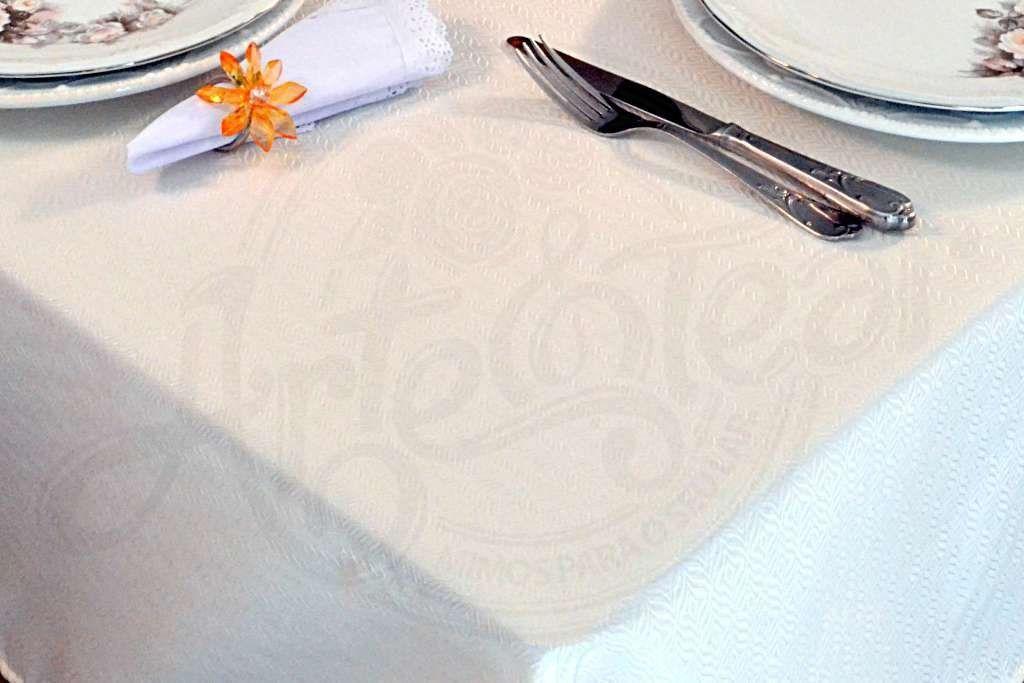 Toalha de Mesa Retangular Oxford Liso - Palha