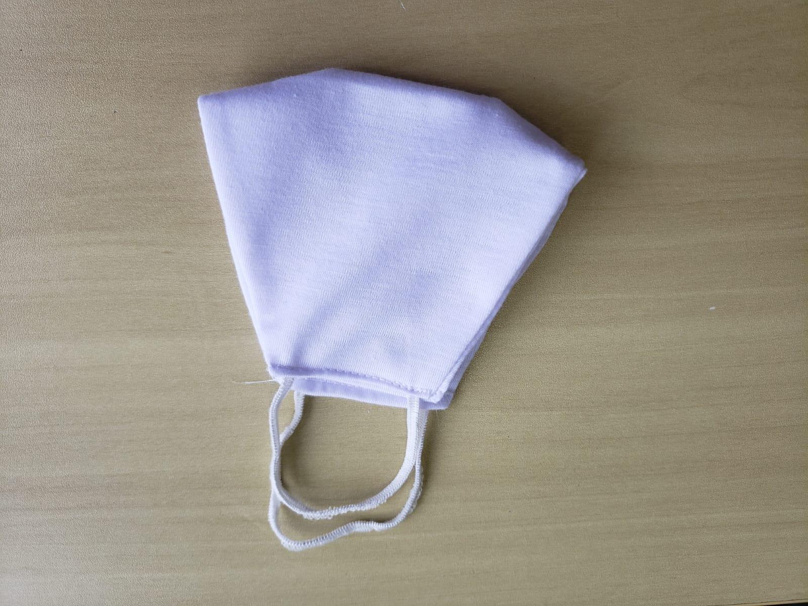 Máscara De Rosto Reutilizável Tecido 100% Poliéster  C/ Forro 10un