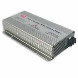 PB-300P - Carregador Industrial de Bateria de 300Watts