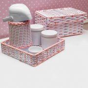 Kit Higiene 6 Peças Bebê Cerâmica, Ferro e Vime Sintético Branco e Rosa