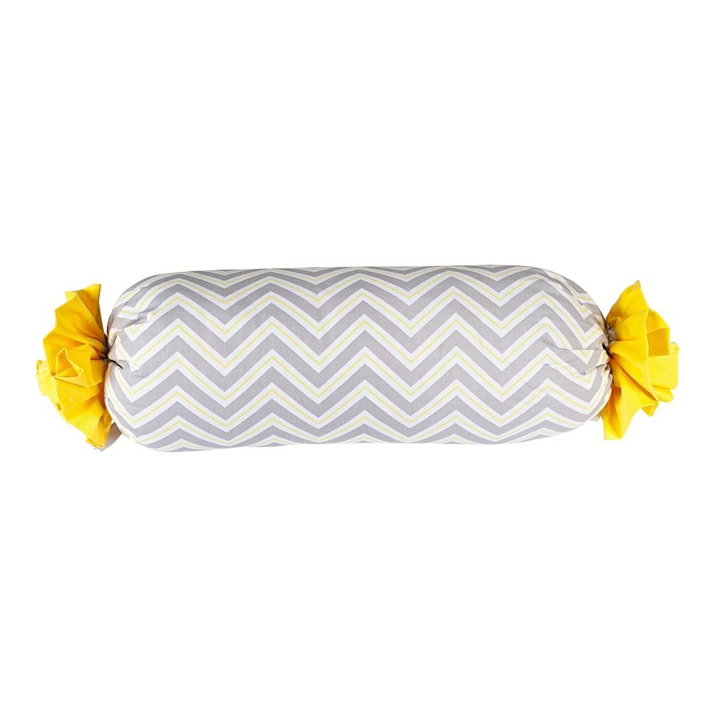 Almofada Rolinho Bala Chevron Cinza Branco e Amarelo Coleção Zig Zag