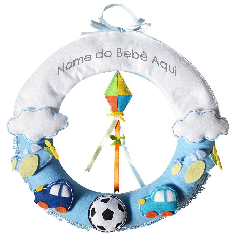 Enfeite de Porta Feltro Azul Aviões Carros Nuvens Bola Personalizado com Nome