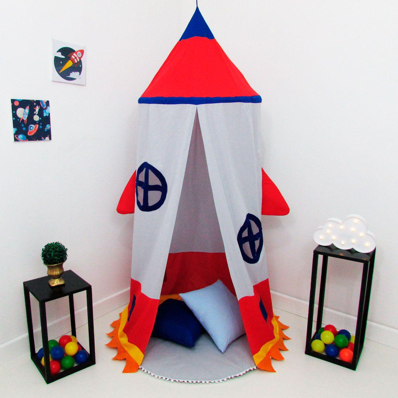 Kit 4 Peças Tenda Cabaninha de Teto Infantil Foguete Janelinha com Tapete e Almofada Azul e Vermelho