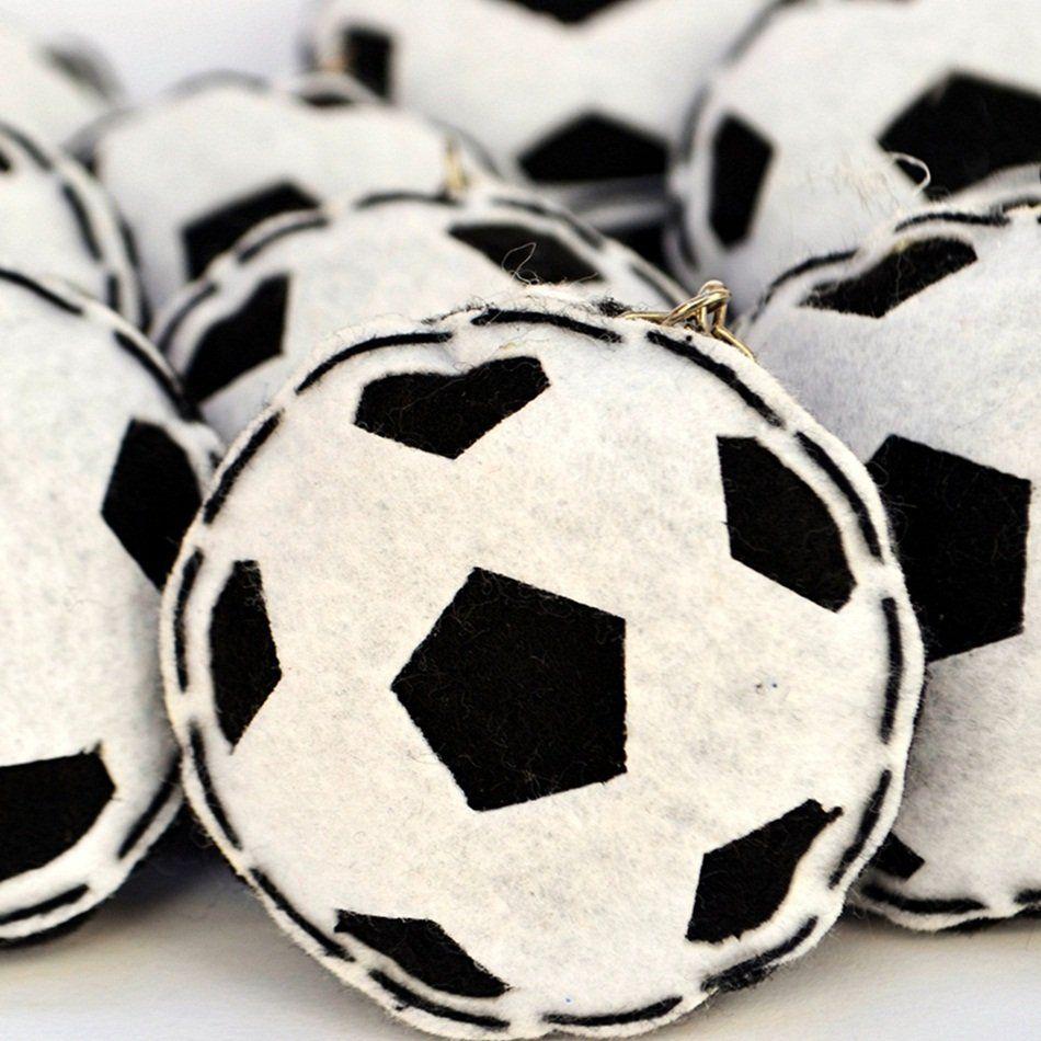 Lembrança Chaveiro Feltro Bola de Futebol Preto e Branco