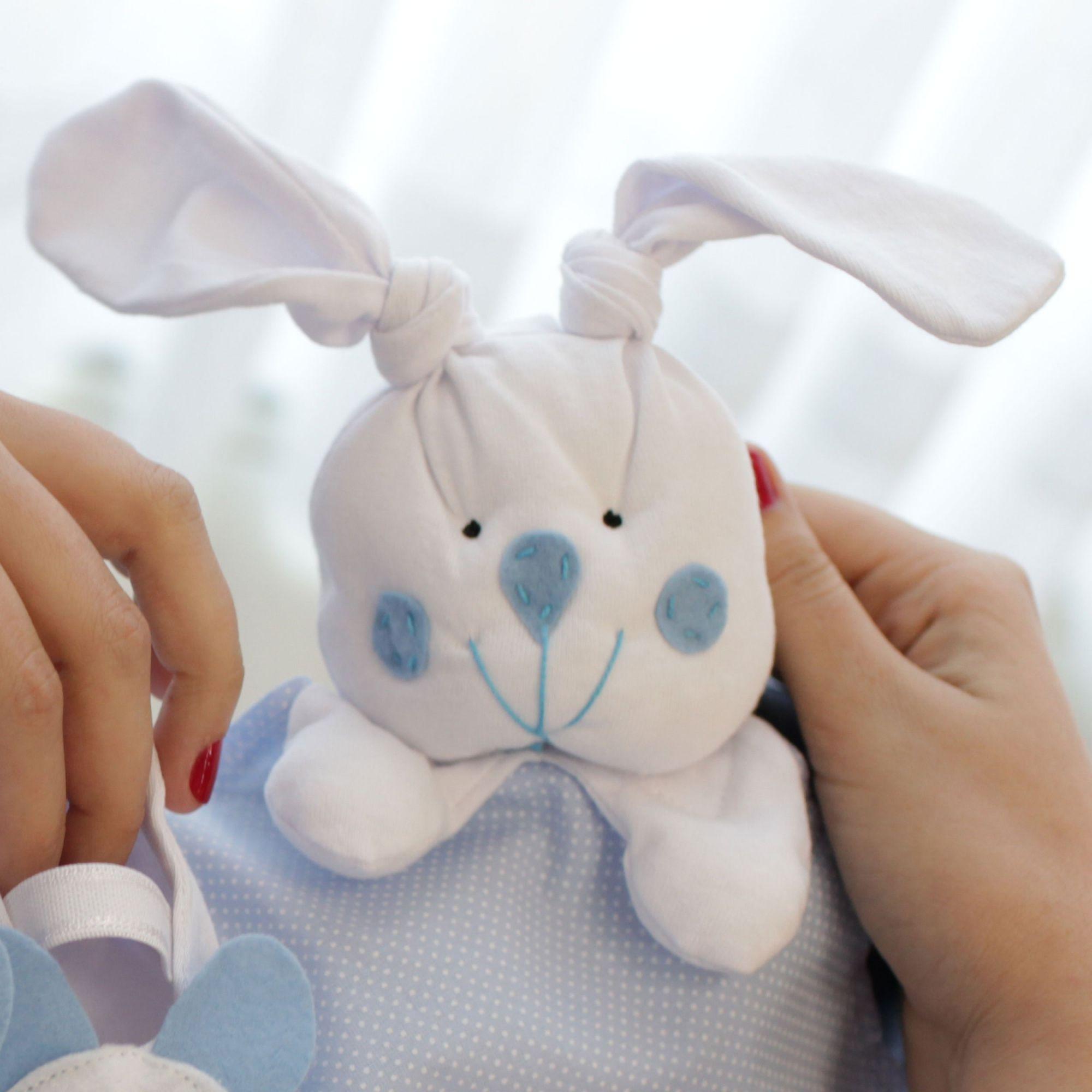 Naninha Tricoline e Malha Poá Azul e Branco Forro Fralda