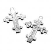 2 unids. Pingente Crucifixo Reticulado 15mm Folheado Prata PF-PIN749