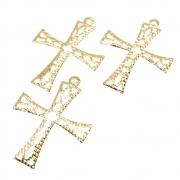 3 unids. Pingente Cricifixo Rendado Vazado 22mm Folheado Ouro 18k OF-PIN748