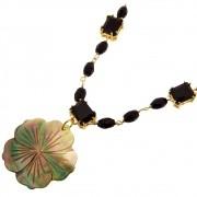 Colar Flor Hibiscus Madrepérola South Sea e Cristal Ônix Folheado em ouro CLPM-78