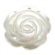Rosa Esculpida Madrepérola Branca Furo Topo Frontal 30mm CAMAD-205