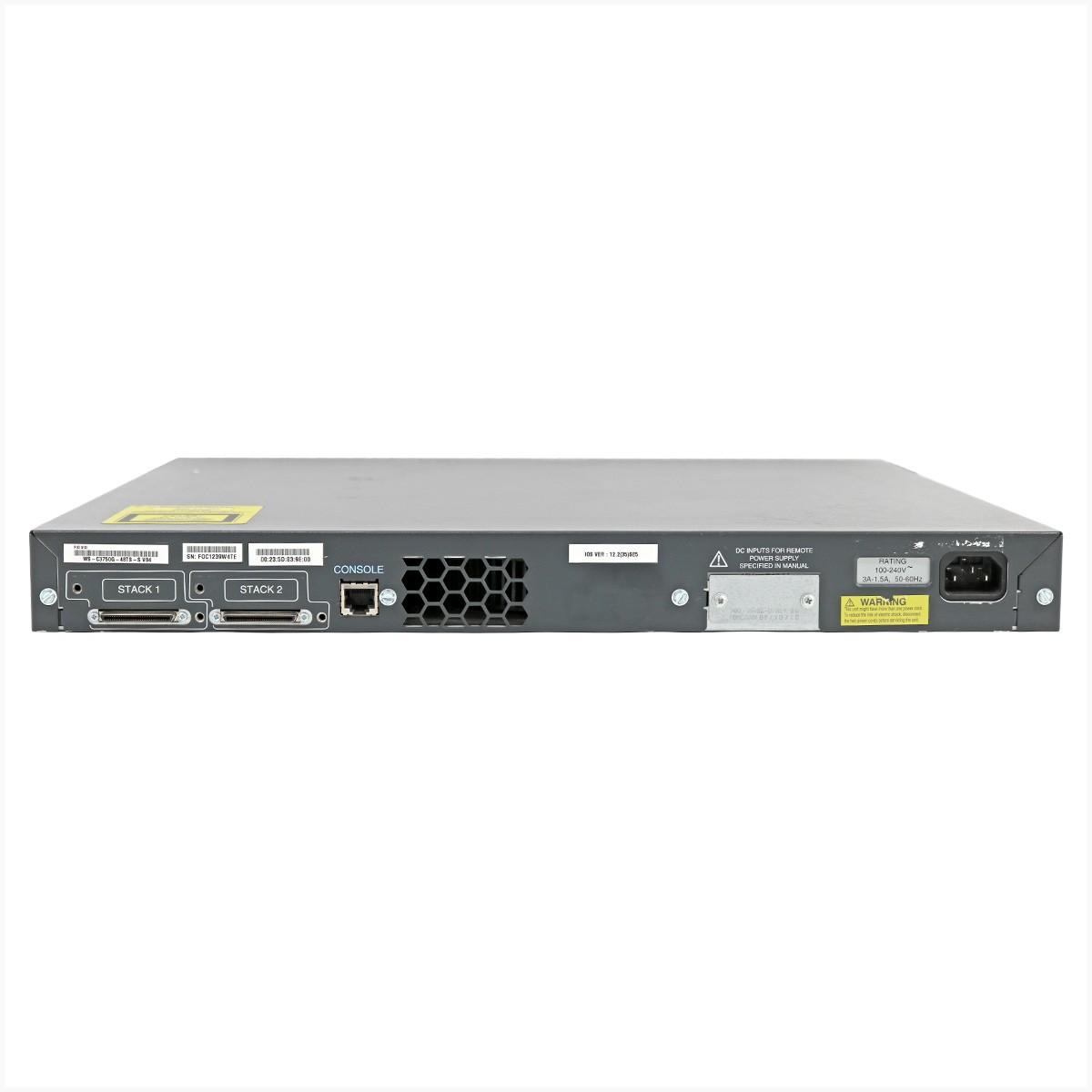 Switch cisco c9300-24u-a gigabit 24 portas - usado