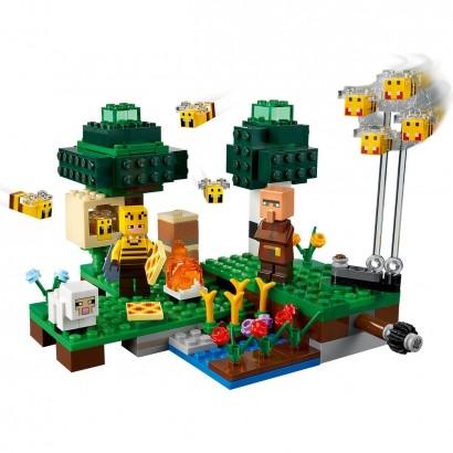 Brinquedo LEGO Minecraft Fazenda da Abelhas Até 8 Anos 238 Peças