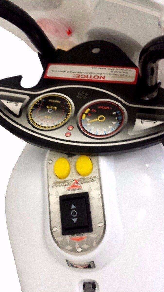 Mini Moto Infantil Elétrica Importway BW002-B Branca