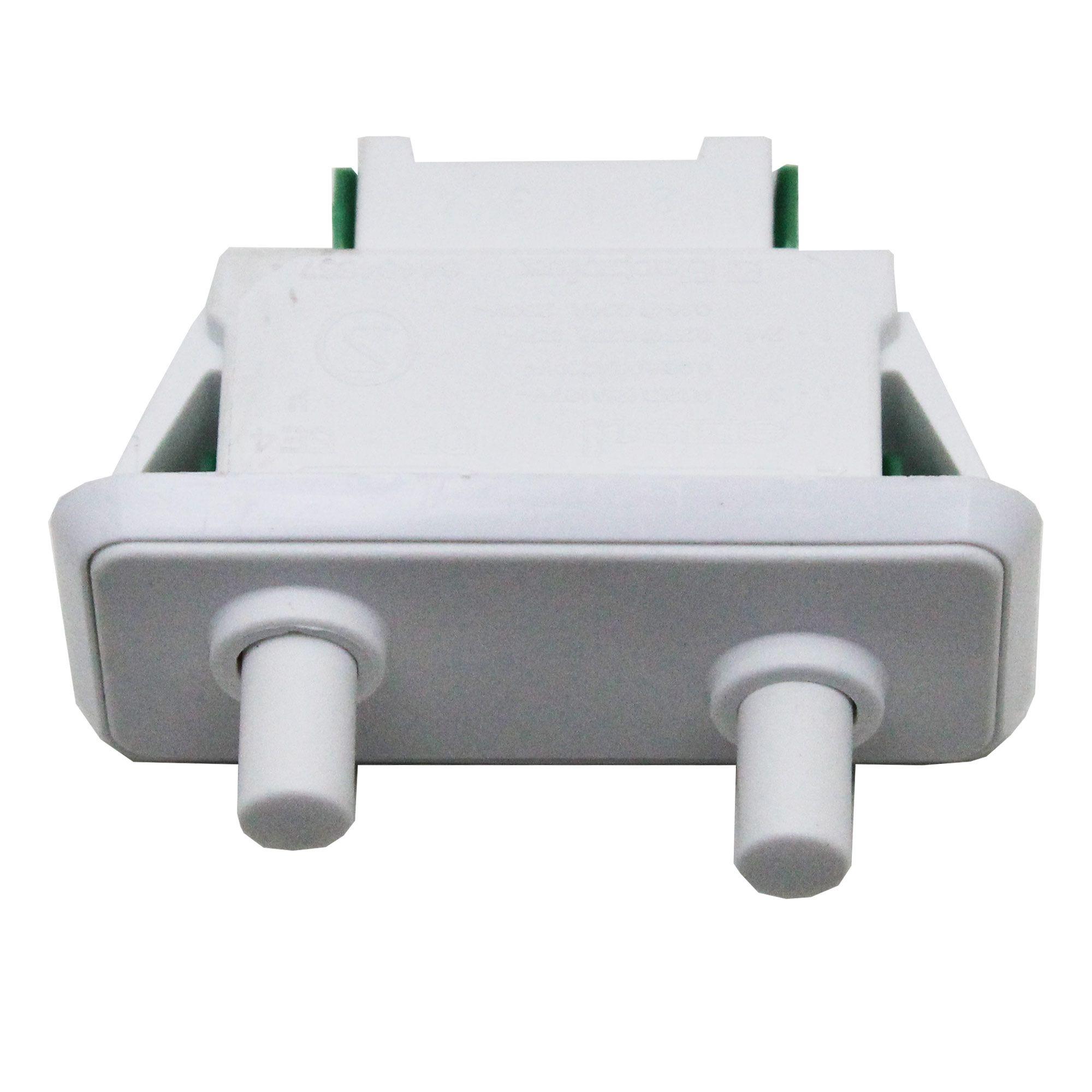 Interruptor Porta Refrigerador Electrolux 64484557