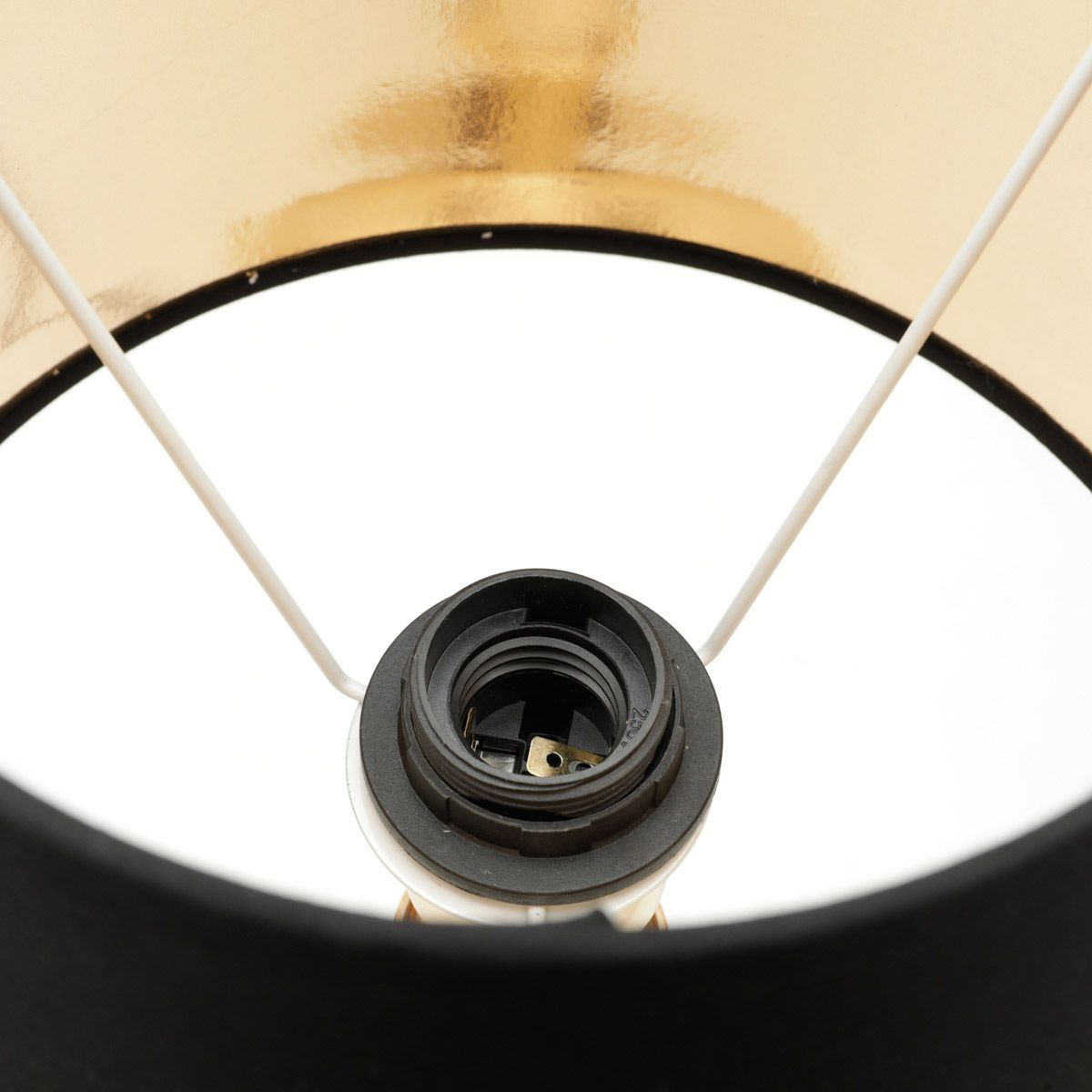 Abajur 48 cm de metal dourado e cúpula preta Bivolt Royal - 60562