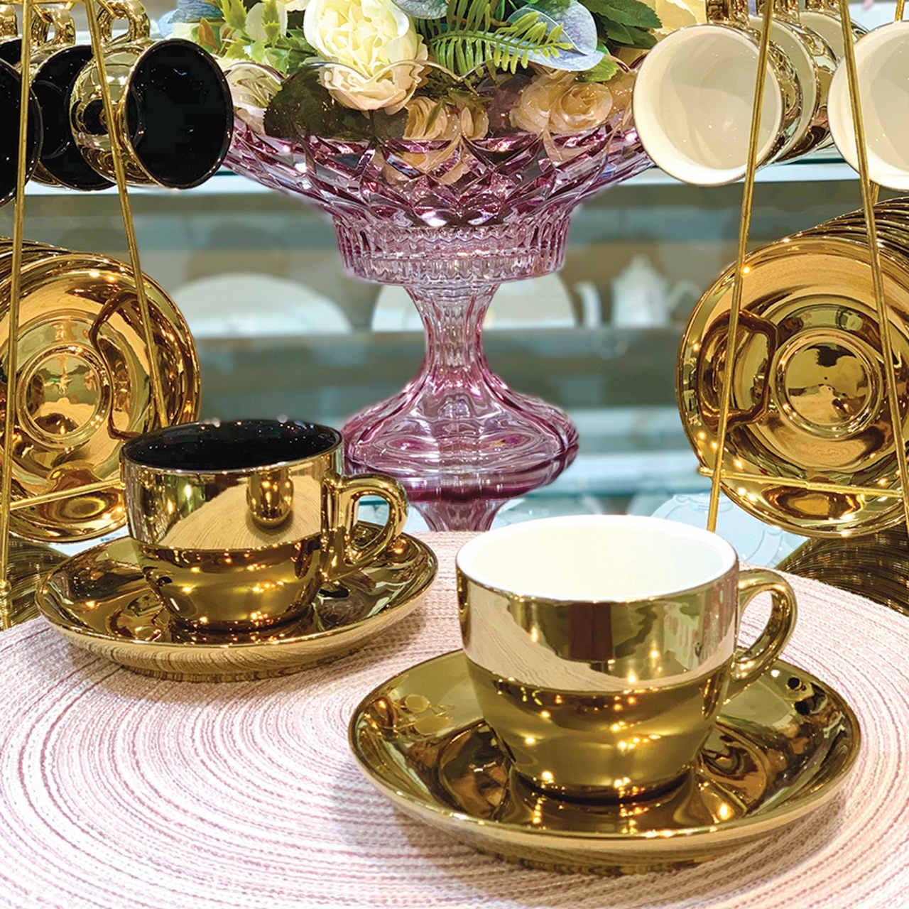 Conjunto 6 xícaras 220ml para chá de porcelana branco/dourado com pires Versa  Wolff - 17367