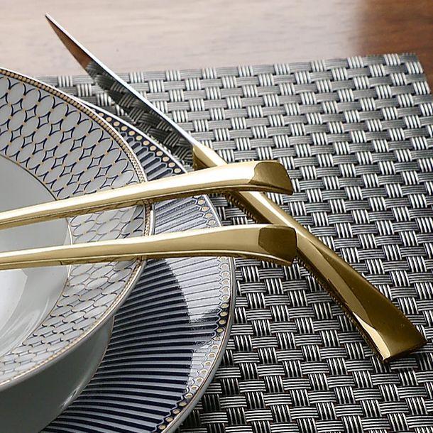 Faqueiro 30 peças de aço inox PVD Dourado com Gift Box Berna Wolff - 71422