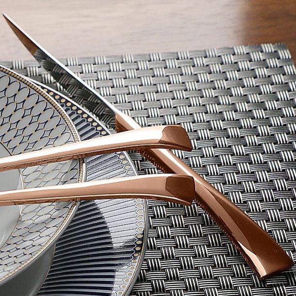 Faqueiro 30 peças de aço inox PVD Rosé Gold com Gift Box Berna Wolff - 71423
