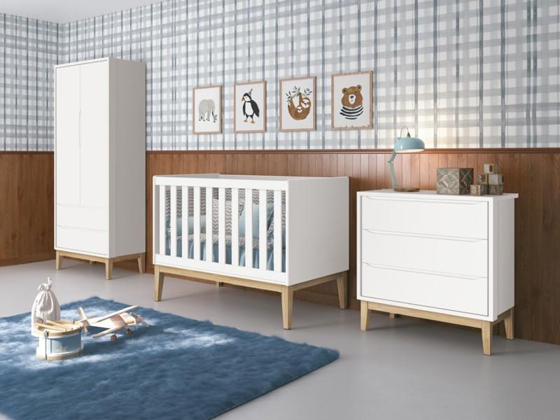 Dormitório Completo Infantil Com  Guarda Roupa 2 Portas, Cômoda Gaveteiro e Berço Padrão Americano Pés Madeira Natural Classic Branco Fosco - Reller