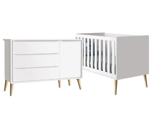 Quarto Infantil com Guarda Roupa 3 Portas e Berço Mini Cama Retrô Pés Madeira Natural Théo Branco Fosco - Reller Móveis