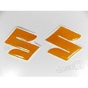 Emblema Adesivo Resinado Logo Tanque Suzuki Dourado Par