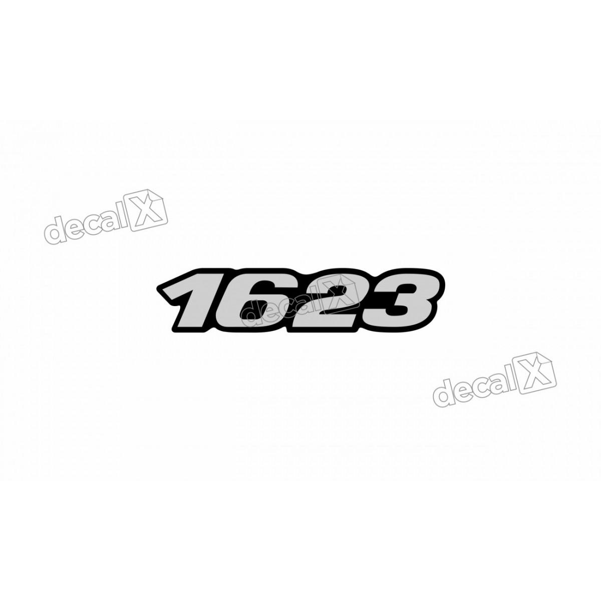 Adesivo Emblema Resinado Mercedes 1623 Cm50 Decalx