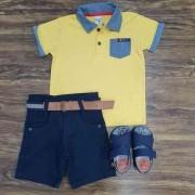 Bermuda Azul Marinho com Camisa Polo com Bolso Amarela Infantil