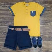Bermuda Azul Marinho com Camiseta com Bolso Infantil
