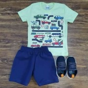 Bermuda Azul Marinho com Camiseta Verde Água Infantil