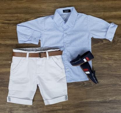 Bermuda Branca com Camisa Manga Longa
