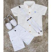 Bermuda Branca com Camisa Social Creme mais Suspensório
