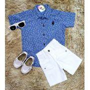 Bermuda Branca com Camisa Social Estampada Manga Curta