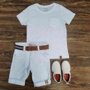 Bermuda Branca com Camiseta Branca com Bolso Infantil