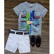 Bermuda Branca com Camiseta Pj Masks Cinza