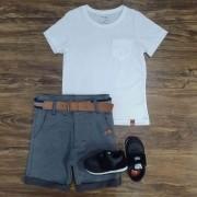Bermuda Cinza com Camiseta Branca com Bolso Infantil