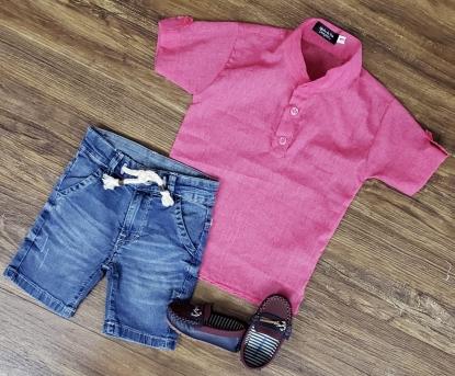 Bermuda Jeans com Camisa Bata Rosa