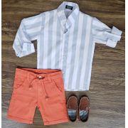 Bermuda Laranja com Camisa Listrada Manga Longa