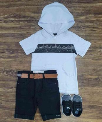 Bermuda Preta com Camiseta Branca com Capuz Infantil