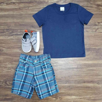 Bermuda Quadriculada Azul com Camiseta Infantil