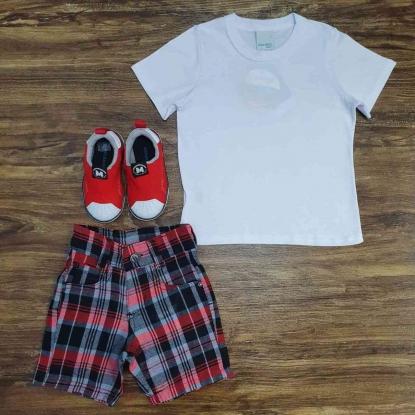 Bermuda Quadriculada Vermelha com Camiseta Infantil