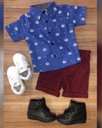 Bermuda Vinho com Camisa Azul Coroa