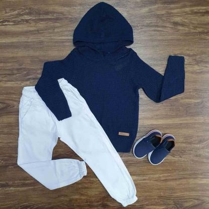 Blusa Azul Tricot com Calça Jogger Branca Infantil