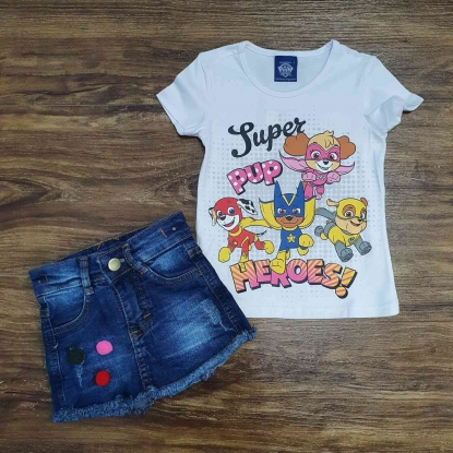 Blusinha Branca Heroes com Shorts Jeans Infantil